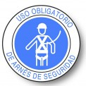 USO OBLIGATORIO DE ARNES DE SEGURIDAD