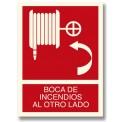 BOCA DE INCENDIOS AL OTRO LADO